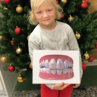 Дети в роли стоматологов (16 декабря 2018): фото